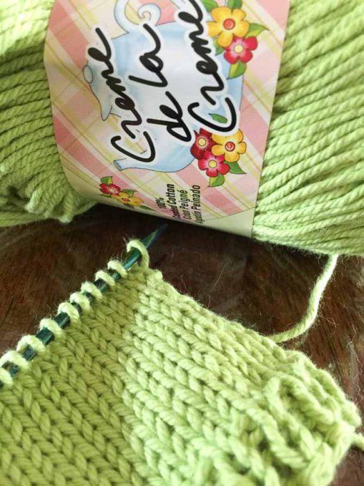 Creme de la Creme on the needles! That green is such a FABULOUS color!