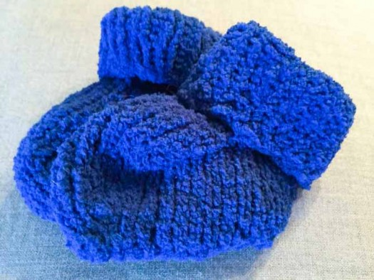 Cutie Pie yarn makes supremely soft baby booties!