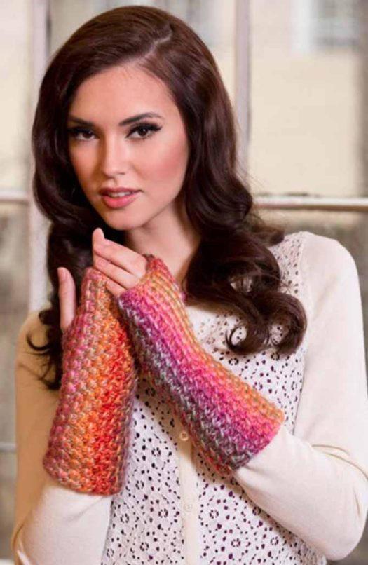 A nice easy summer project, Bamboo Stitch wristers, knit with cotton yarn, Red Heart's Creme de la Creme