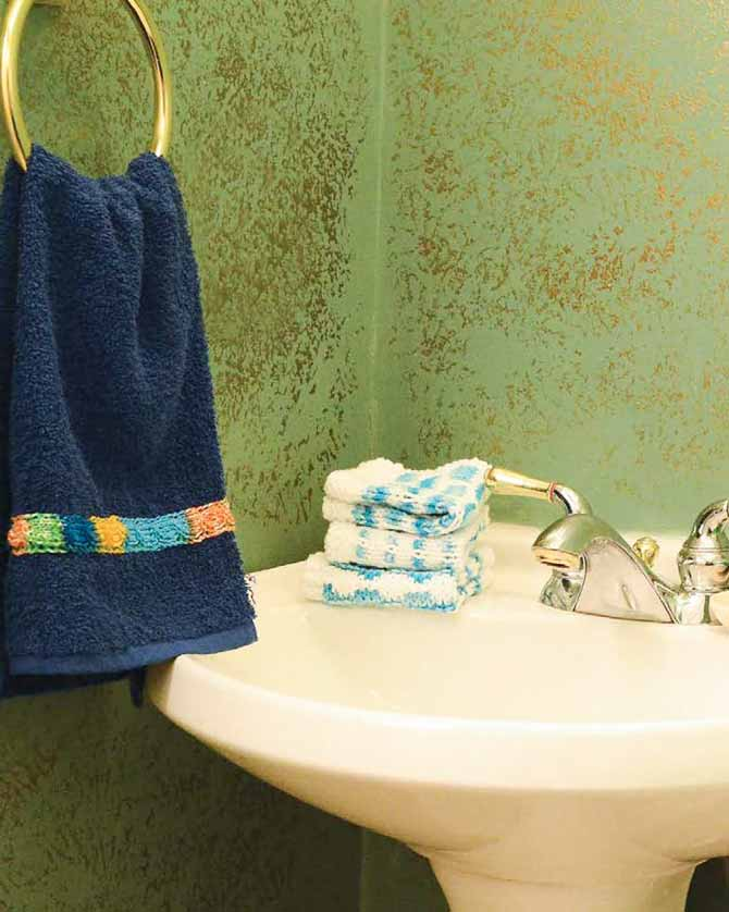 I want that stack of blue washcloths to add tranquility to my bathroom counter. Bath Knits by Mary Beth Temple book review