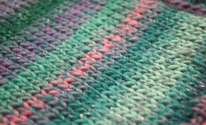 Close up of the Umbrella colorway showing the glitter and halo.
