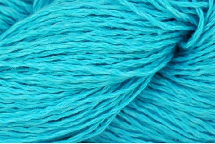 Customizing the Miss Molly Tee knitted pattern using Lina yarn