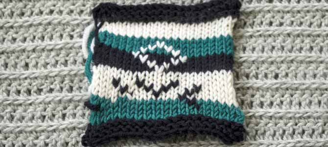 Duplicate stitch on stripes using Dona yarn of Universal Yarns
