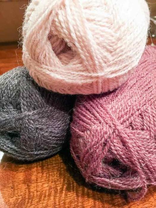 A soft halo around the yarn, makes Lady Sybil yarn so very soft.