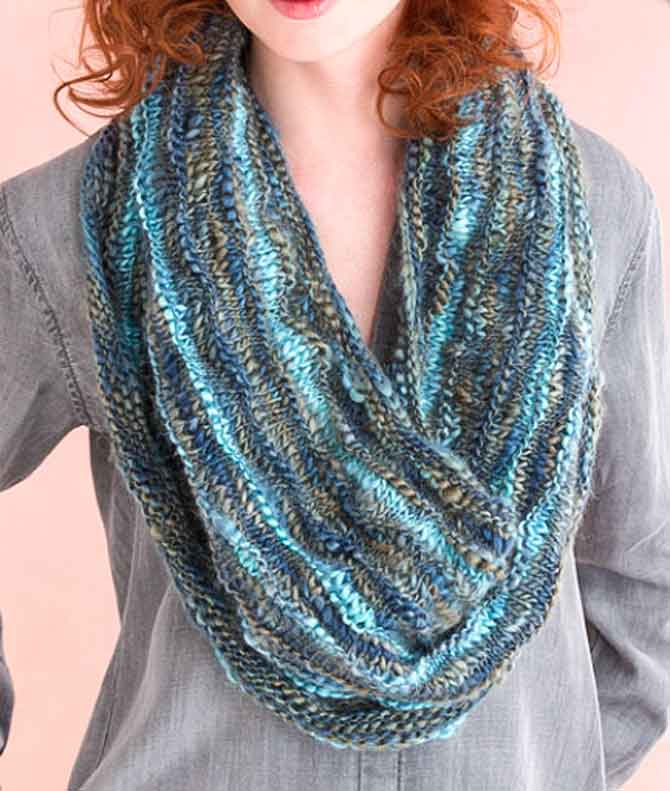 The Multi-Wear Cowl! I love this pattern!