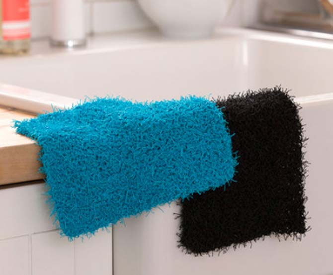 Two perfectly hand knit Scrubby dishcloths. Click the image to go to the pattern.
