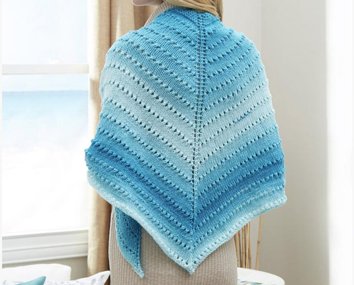 The lovely product photo of the Simple Lace Triangle Shawl.