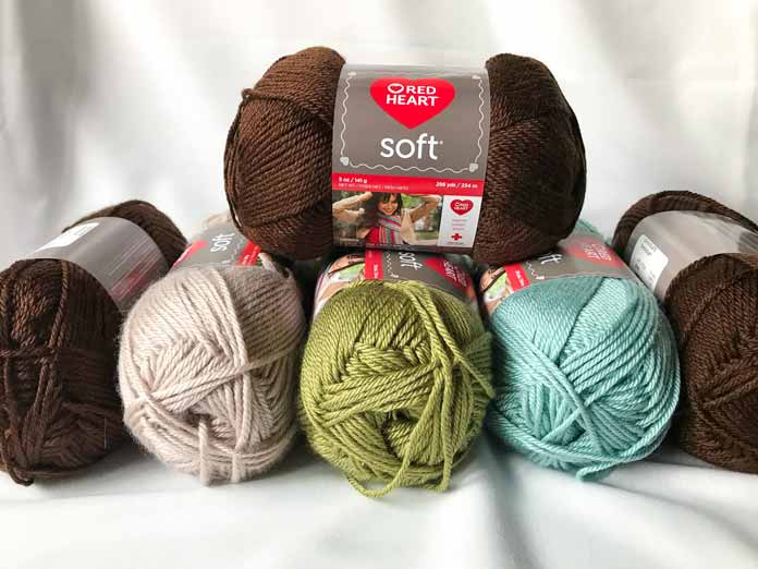 Soft is the perfect yarn to play around with stitch patterns and try new techniques!