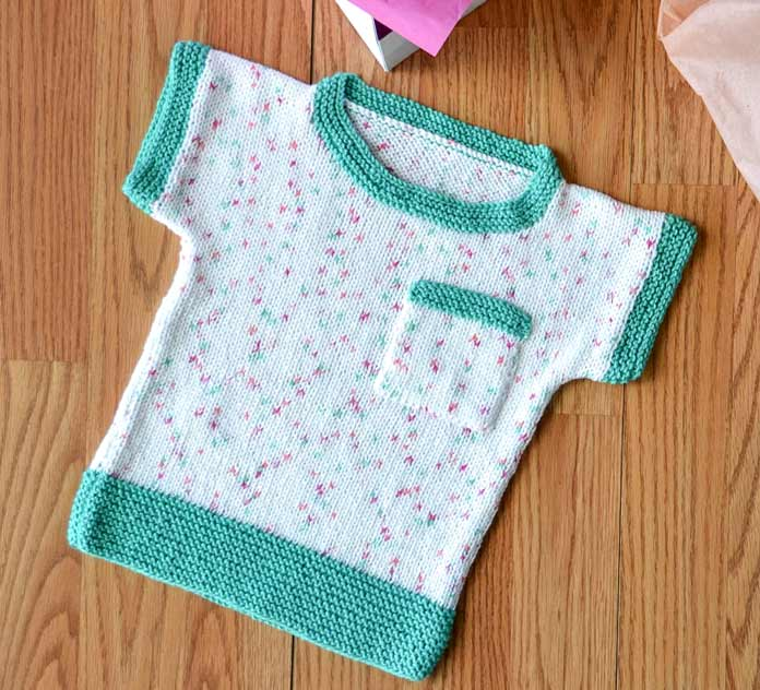 With minimal shaping and easy color changes, not only is this top a great beginner knitter pattern for a first garment, it's a perfectly portable project for summertime knitting!